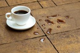 Кава, чай на бруківці